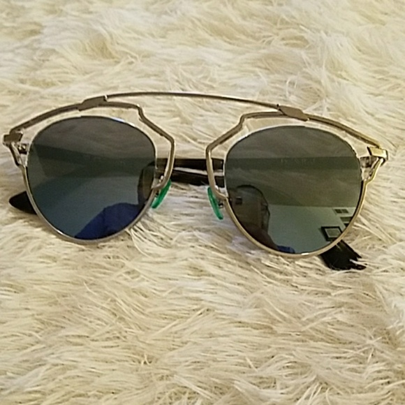 d97c7d4853f5 Dior Accessories - Dior So Real sunglasses